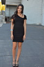 Black-catherine-malandrino-dress-charcoal-gray-t-strap-bcbgeneration-sandals
