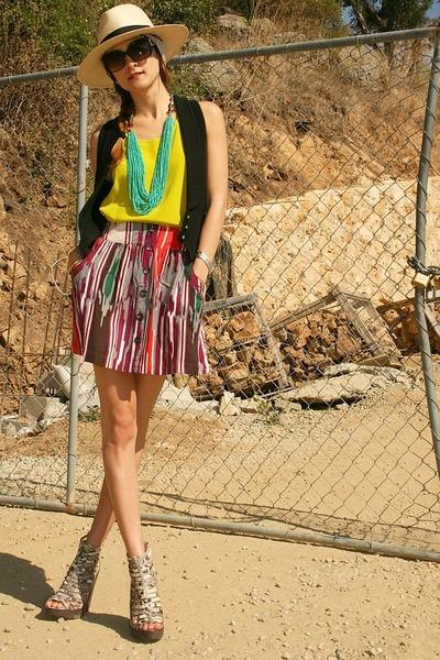 ivory Joie heels - ivory H&M hat - chartreuse Club Monaco top