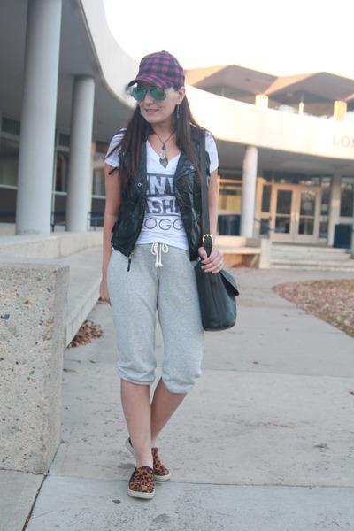 da6709d7829585 black leather Miley Cyrus vest - maroon plaid Target hat