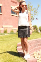 black leather mini Wilsons leather skirt - heather gray Mossimo shirt