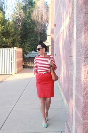 white striped Jones New York shirt - tawny Target bag