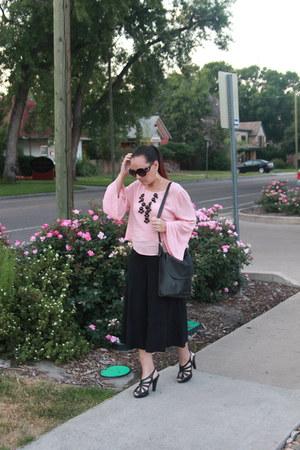 black cross body coach bag - light pink bell sleeve Inspyre Boutique shirt
