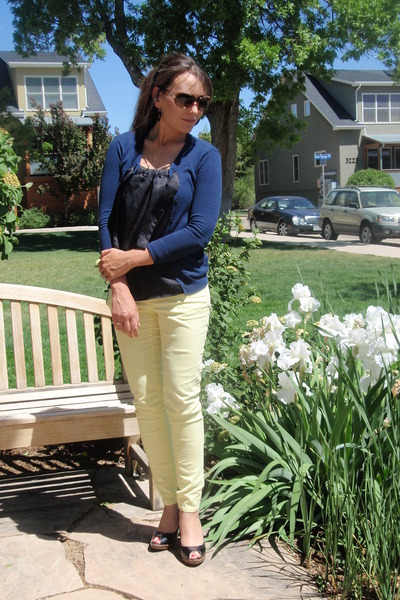 light yellow rewind jeans - black Mossimo shoes - navy vera wang shirt