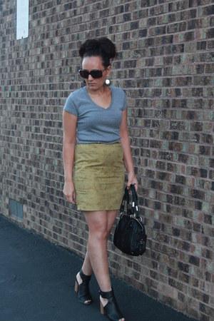black Bebe purse - heather gray Target shirt - black vera wang heels