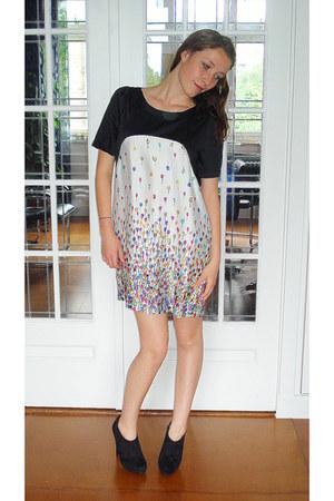 zijde vintage dress - suede H&M heels