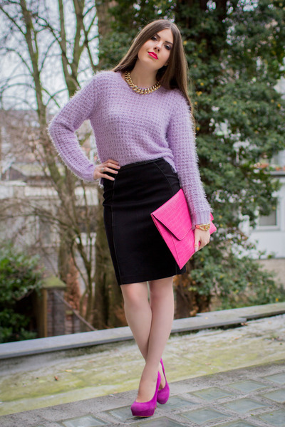 how to wear a purple skirt