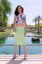 lime green pencil Zara skirt - white tassel DSW bag - white cropped Zara top