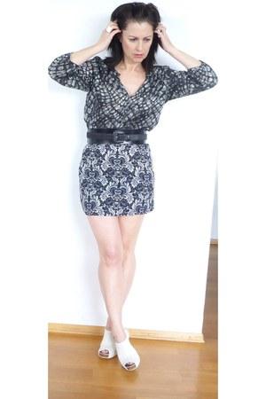 pebble print J Crew blouse - perdro garcia heels