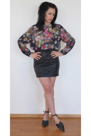 leather JustFemale skirt - Topshop blouse