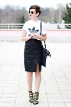 black vintage skirt - white adidas t-shirt