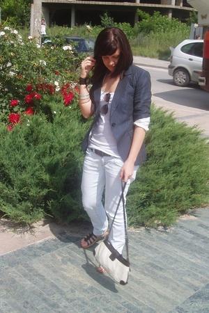 Urban t-shirt - Zara jeans - Zara blazer - Mango purse