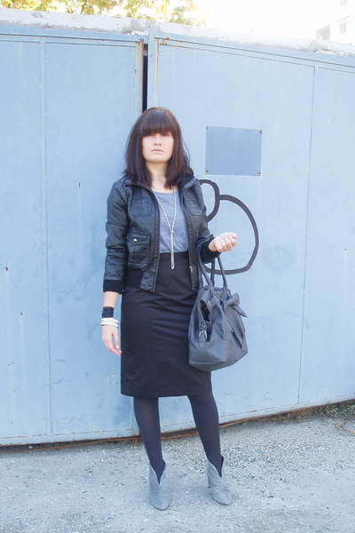 H&M jacket - Zara bag - H&M skirt - aa blouse