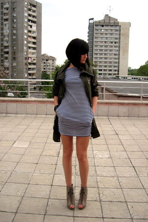 brown asos boots - blue American Apparel dress - green Stradivarius jacket