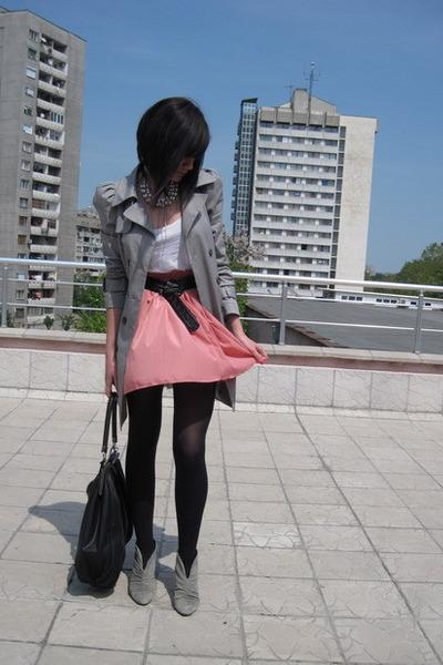 gray Zara shoes - gray Zara jacket - silver necklace Topshop accessories