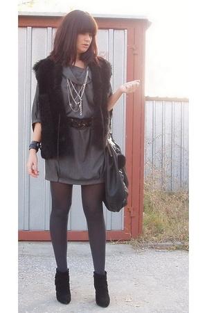 Zara dress - H&M belt - Zara shoes - Zara purse