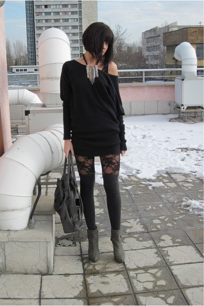 gray Stradivarius shoes - black Amisu dress