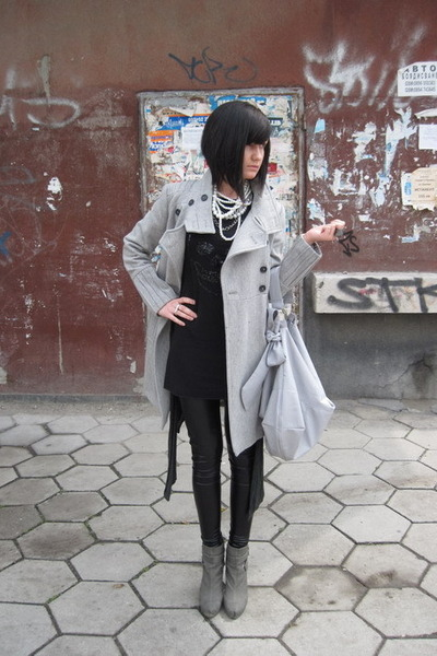 black YEL dress - silver Zara coat - silver Calliope accessories - silver Stradi
