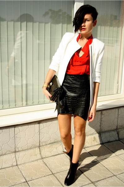 black romwe skirt - black Zara boots - white Zara coat - red romwe shirt