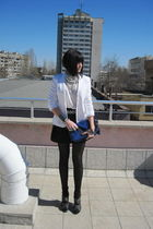 black H&M skirt - white H&M t-shirt - white H&M blazer - white ASH necklace
