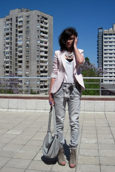 gray pull&bear pants - pink Zara blazer - beige asos shoes - gray Promod accesso