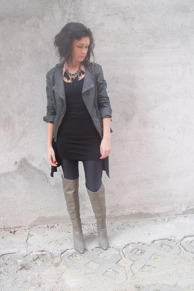 gray leather Bershka jacket - gray over the knee Zara boots
