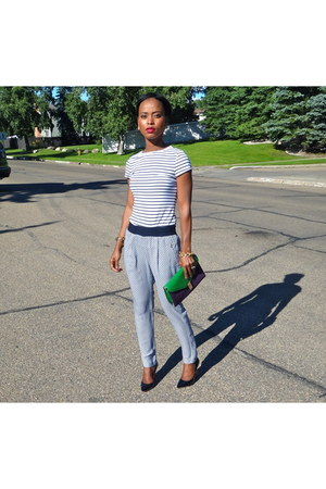 white Zara pants - teal Urban Outfitters purse - white Kenneth Cole top