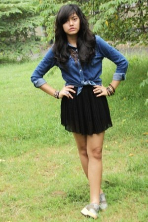 Spiderbit wedges - jeans shirts Uniqlo shirt - black skirt Mango skirt