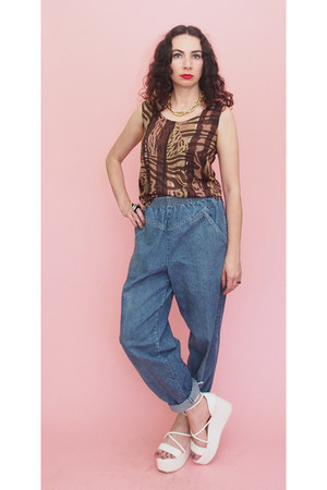 brown tank 90s vintage top - sky blue 80s Vintage jeans