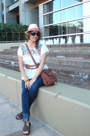 Forever21 accessories - Forever 21 jeans - latin fashion belt - banana republic