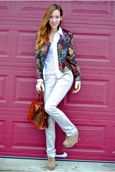 brick red color blocks 70s vintage purse - white polka dots H&M sweater