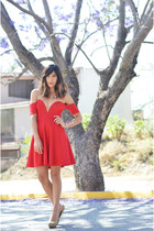 red cotton Nasty Gal dress - necklace Forever 21 accessories