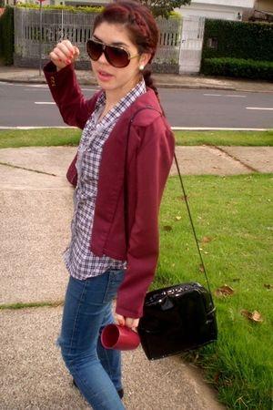 red blazer - black shoes - brown sunglasses - blue t-shirt - black purse - blue
