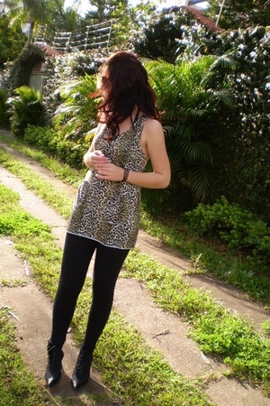 beige blouse - white blouse - black boots - black leggings