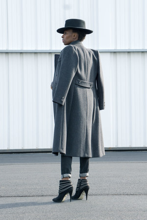 suede Anne Michelle boots - grey wool Bromleigh coat - western Forever 21 hat