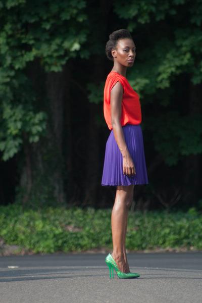 ann taylor top - pleated Halston Heritage skirt - Shoe Republic pumps