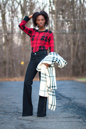 plaid Burberry coat - wide leg tuxedo Radcliffe London jeans