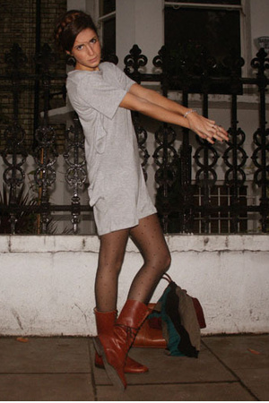 NIKICIO dress - vintage shoes - Oasis tights