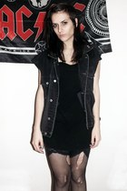 black cotton Tom Taylor dress - dark gray Levis vest