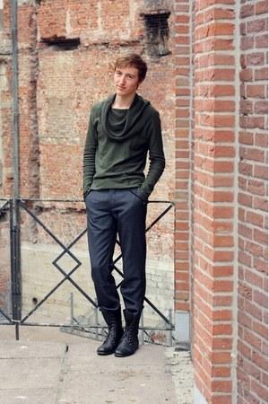 black Topman boots - gray H&M pants - black pull&bear necklace - dark green Topm