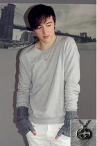 silver H&M sweater - white Zara pants - heather gray H&M gloves - silver Gucci n