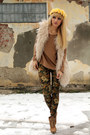 Zara-shoes-personal-brand-leggings-h-m-blouse-vintage-store-vest