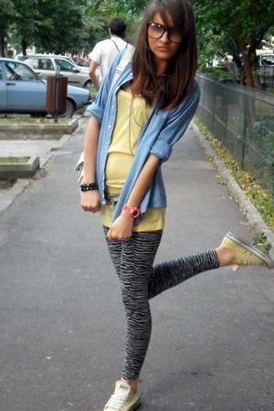 Pull and Bear accessories - vintage shirt - Koton leggings - Bershka t-shirt - C