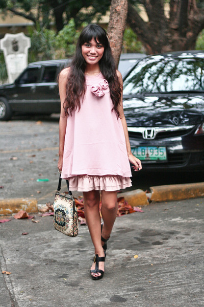 pink rosette details Forever 21 dress - tapestry thrifted bag - tan shirred Fore