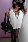 White-forever-21-blouse-gray-urban-outfitters-bag-pink-forever-21-accessorie