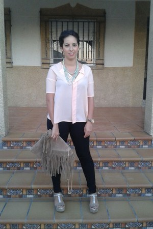 black Zara jeans - camel BLANCO bag - peach Zara blouse - camel xti heels