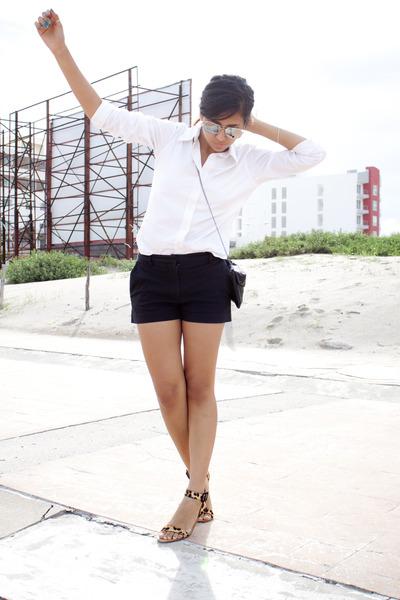 black Express shorts - white Gap shirt - brown leopard print Zara sandals