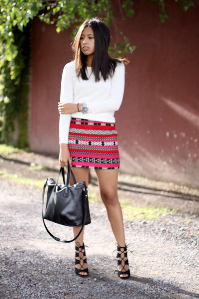 hot pink ethnic print Zara skirt - ivory Mango sweater - black Zara heels