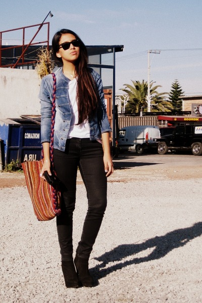 Black Zara Boots, Denim Jacket Bershka Jackets, Black Zara Pants ...