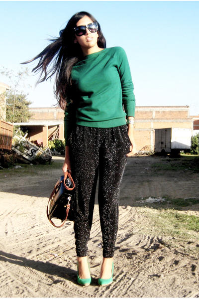 black Zara pants - green Zara sweater - chartreuse Zara pumps