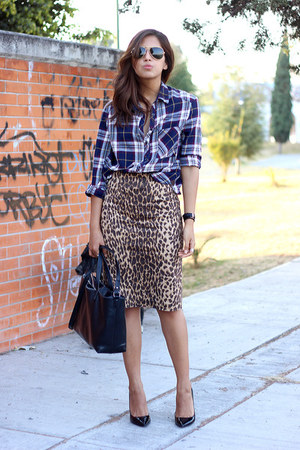 black Zara bag - ruby red plaid pull&bear shirt